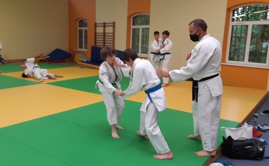 Les cours de judo ont repris au Dojo de la Licorne pour les judokas -18ans